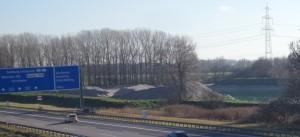 Kleiner Feringasee von der Sodabrücke über der Autobahn aus